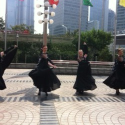 Kate, Sara, Rachel and Kylie warming up prior to performing at Pearl Tower